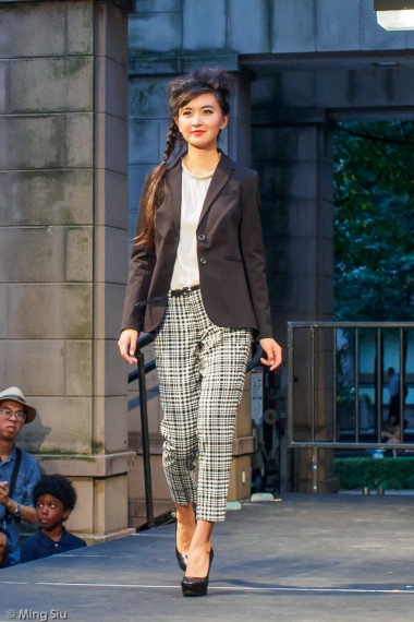 Fashion-on-Yonge-Fall2014-P9036147